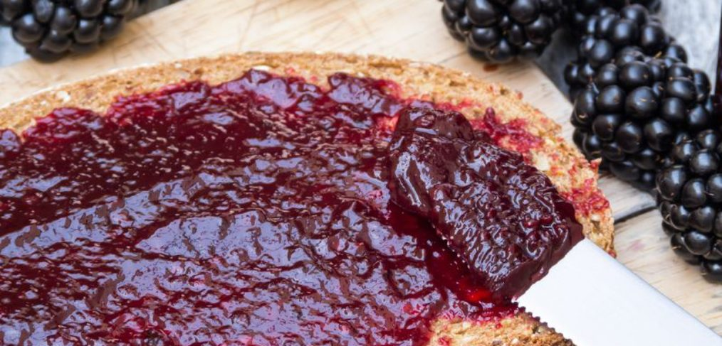 bread-jam-blackberries-fruit