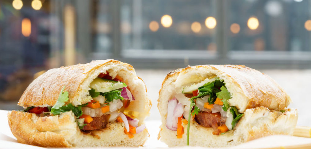 vietnam banh mi eat bread 90