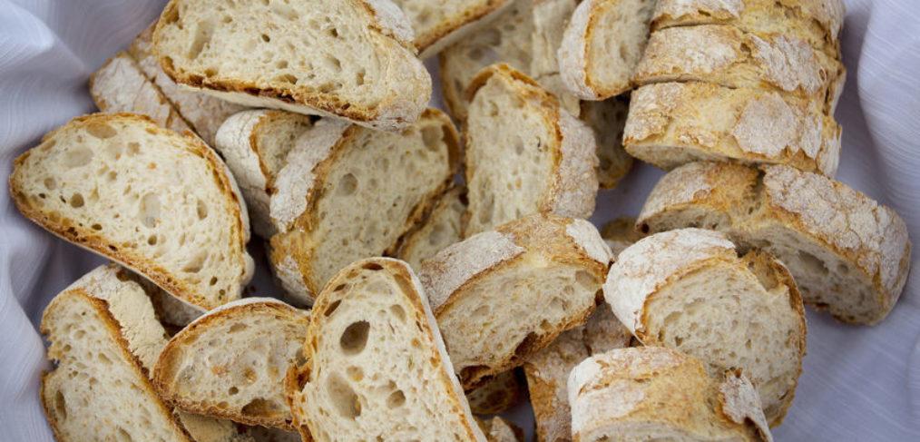 basket of bread diet important